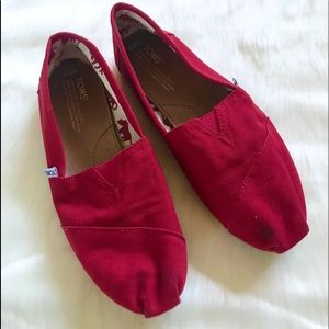 Toms red